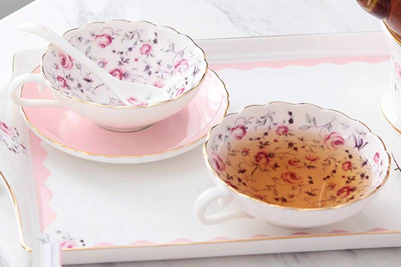 Flower Patterned Porcelain Tea Cup with Saucer and Spoon