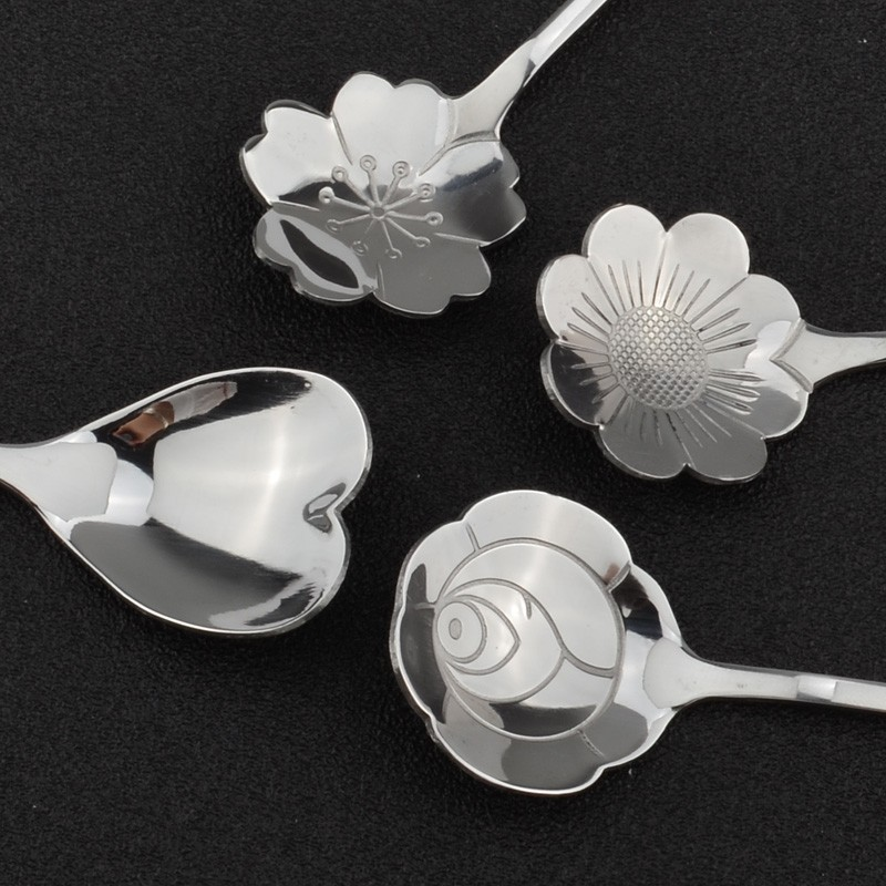 Flower Shaped Long Handle Tea Spoons Set