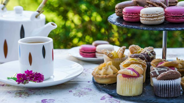 How to Host a Tea Party: A Guide to the Perfect Afternoon Tea